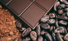 آیا خوردن  شکلات تلخ در روز به کاهش وزن