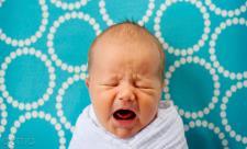 رابطه تغذیه مادر با گریه های نوزاد