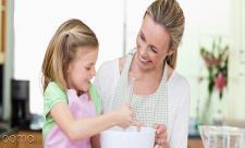 به زور غذا دادن به کودک : ممنوع