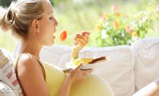 7 میوه مفید در دوران بارداری