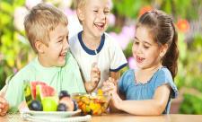 دوازده باید و نباید تغذیه کودکان