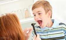 عفونت لوزه در کودکان