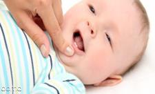 علت دیر دندان درآوردن نوزاد