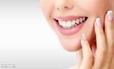 7 روش موثر سفید کردن دندان  به روش خانگی