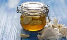 نحوه مصرف سیر و عسل برای لاغری