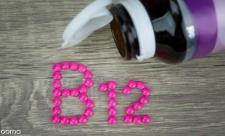 علائم کمبود و نحوه مصرف ویتامین b12