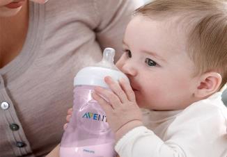 سر شیشه اونت و شیشه شیر اونت برای سلامتی نوزاد