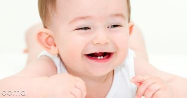 از چه زمانی دندان های نوزادم را مسواک بزنم؟