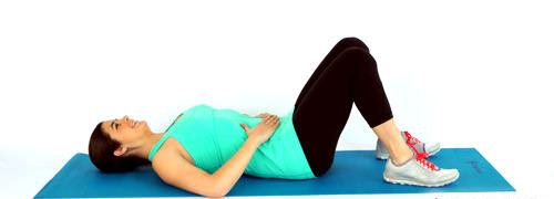 دراز کشیدن به پشت و ورزش بعد از زایمان