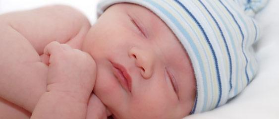 نوزاد تازه متولد شده