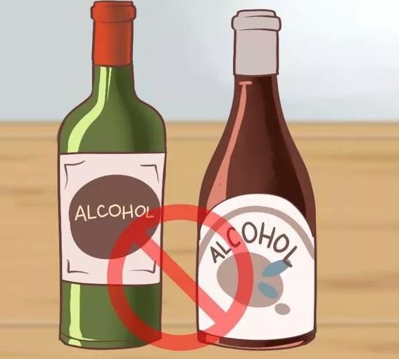 اجتناب از نوشیدن الکل