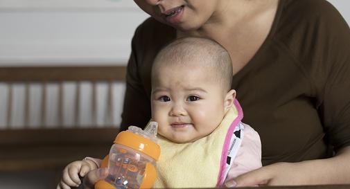 نوزاد هفت ماهه