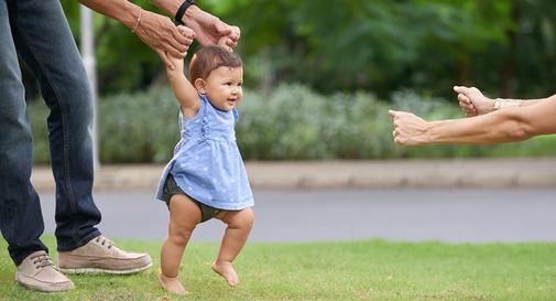 نوزاد ده ماهه در هفته دوم