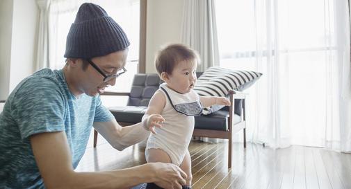 نوزاد ده ماهه در هفته سوم
