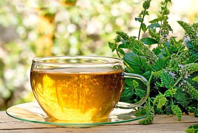 چای گیاهی و درمان مسمومیت غذایی