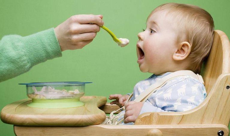 غذای کودک از سن 6 تا 8 ماهگی