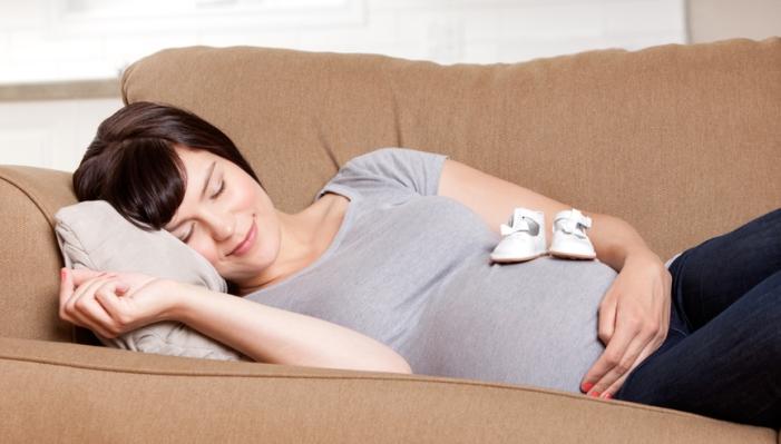 خوابیدن در بارداری