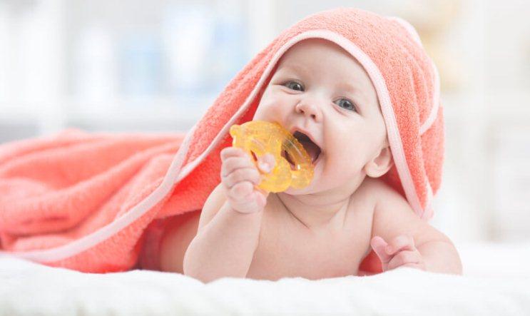 راه حل های دندان درآوردن نوزاد