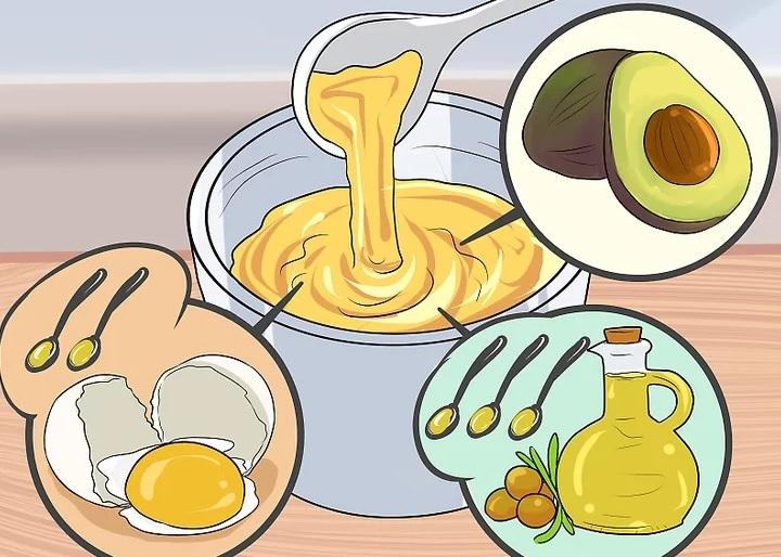 ماسک آووکادو، روغن زیتون و تخم مرغ