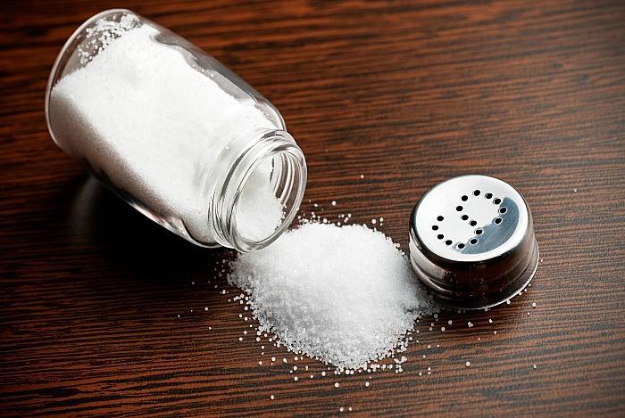 نمک و شوره سر
