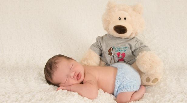 دمر خوابیدن نوزاد