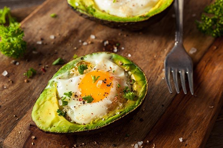 مصرف تخم مرغ و آووکادو در بارداری