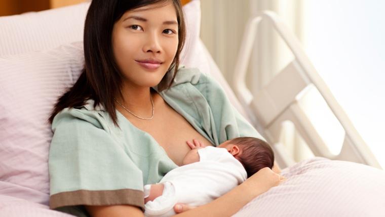 زمان آمدن شیر مادر