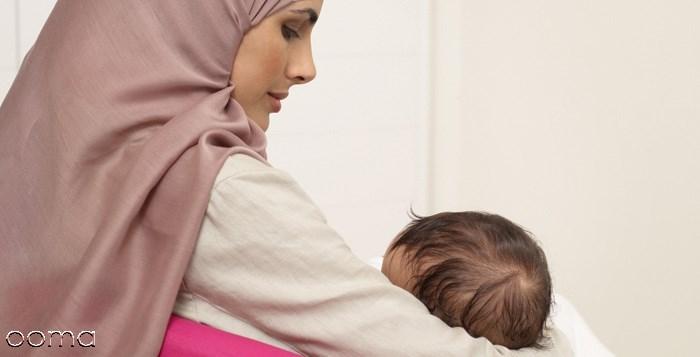 آیا مادر شیرده می تواند روزه بگیرد؟
