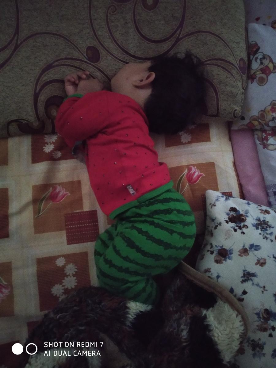 بدخوابیدن پسرم لطفا راهنمایی
